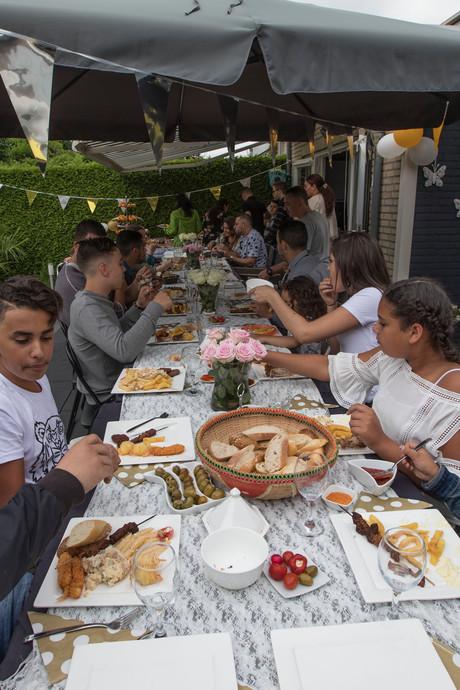 Suikerfeest: een huis vol eten én familie in Eindhoven