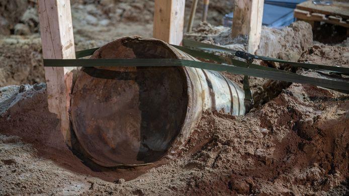 De V1 werd bij Wilp gevonden tijdens werkzaamheden voor het verbreden van de snelweg A1. Voor de ontmanteling van de bom werd het hele dorp geëvacueerd.