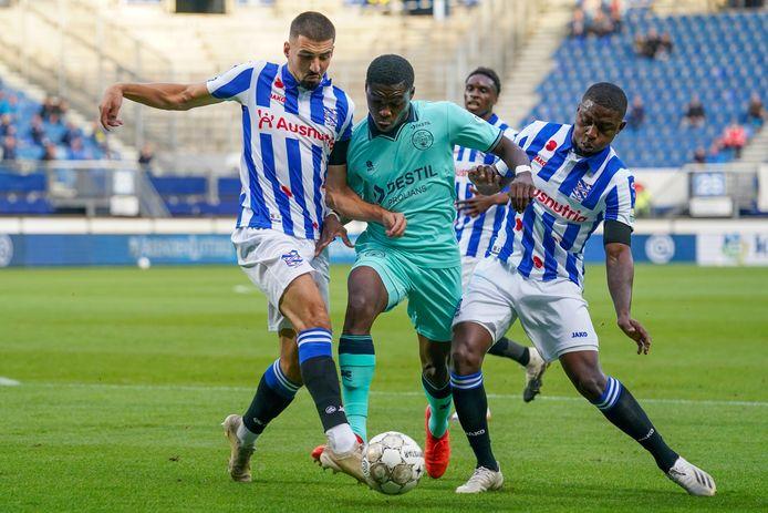 Derrick Kohn maakte zaterdag zijn debuut voor Willem II.