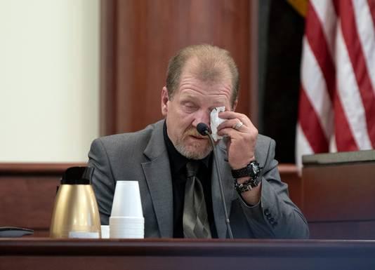 Tim Jones, Sr., le père du meurtrier.