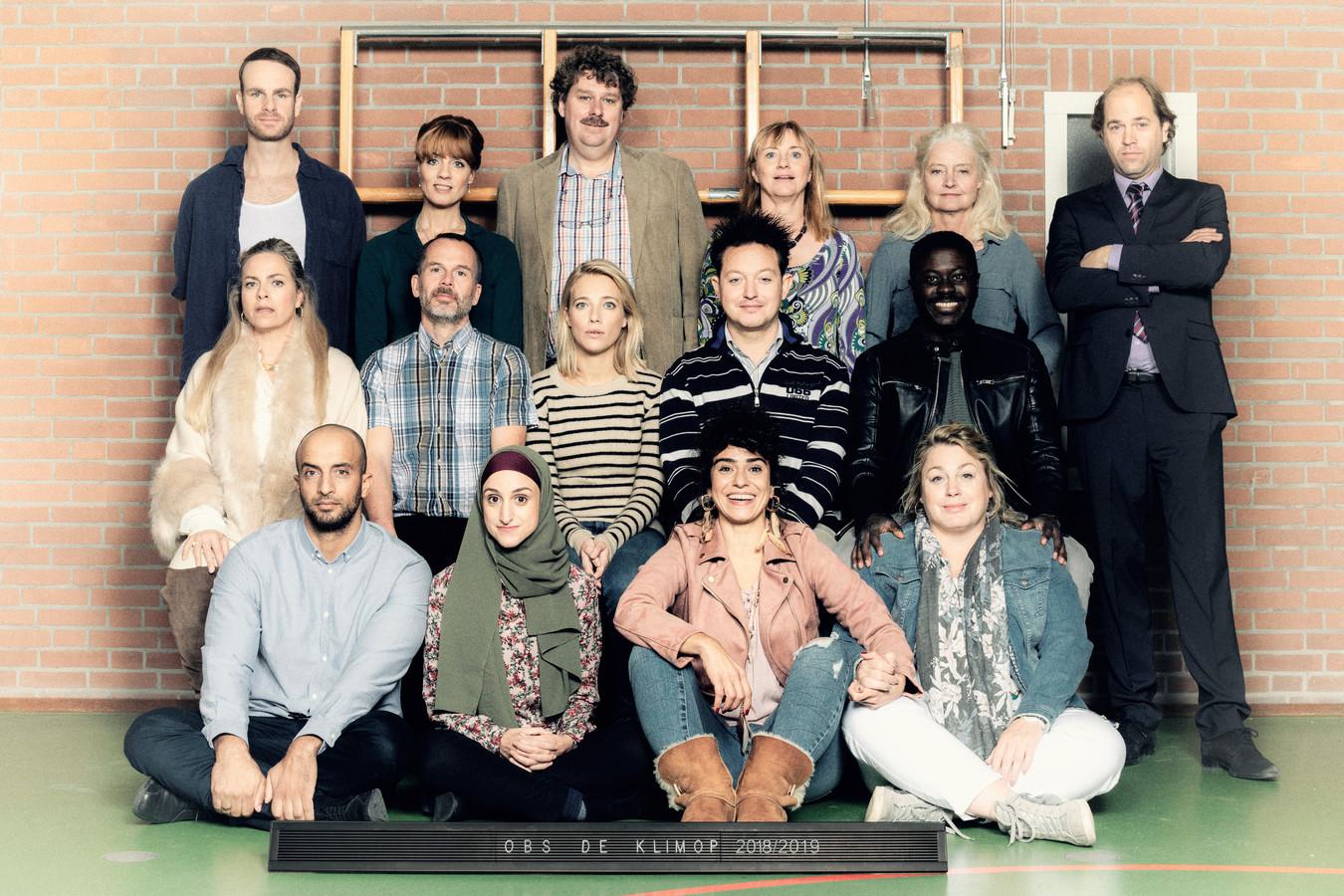 De nieuwe cast/schoolfoto van De Luizenmoeder seizoen 2.