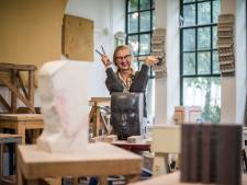 Als kind was kunstenares Liesbeth Crooijmans uit Arnhem al aan het kleien