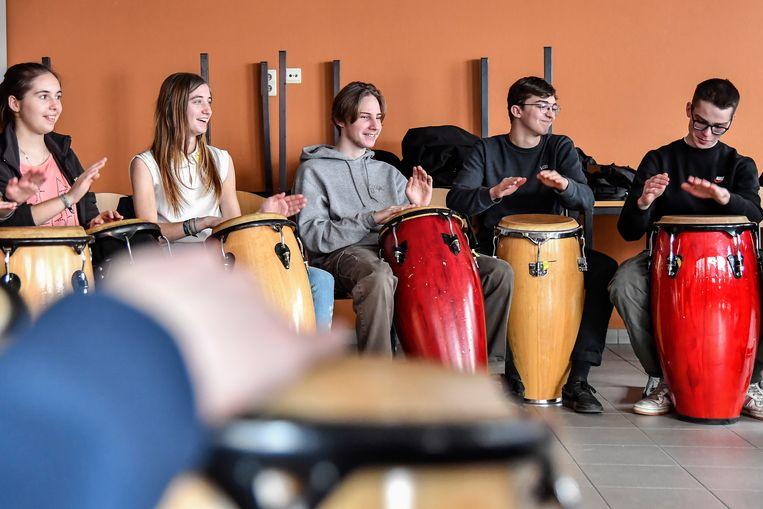 Ook een workshop 'djembé spelen' staat op het programma.