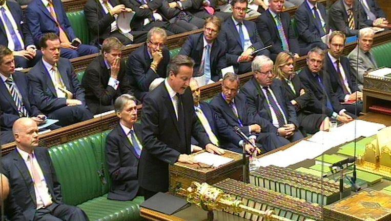 David Cameron spreekt in het Britse Lagerhuis. Beeld epa