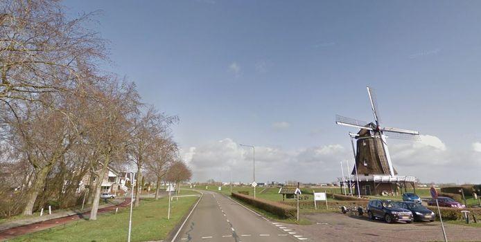 Op de IJsseldijk in Kampen geldt een maximumsnelheid van 50 kilometer per uur, maar er wordt vaak harder gereden.