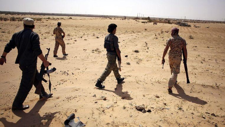 Strijders van Libya Dawn in de buurt van Sirte. Beeld reuters
