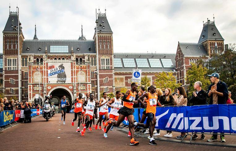 De kopgroep van de mannen tijdens de marathon in 2018. Beeld ANP