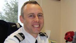 Heldhaftige agent die vrijwillig plaats innam van gijzelaar, sterft aan verwondingen