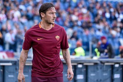 """Nike eert unieke voetbalcarrière Totti: """"Mooiste bekroning is mijn loyaliteit aan Rome"""""""