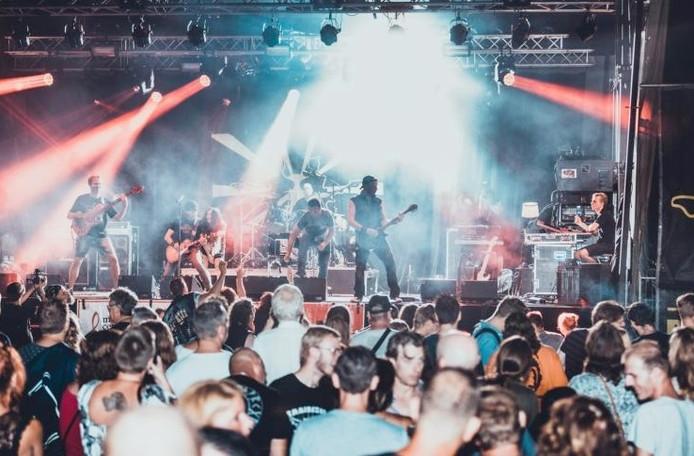 Optreden van de band L!NC bij Popelucht in Etten-Leur.