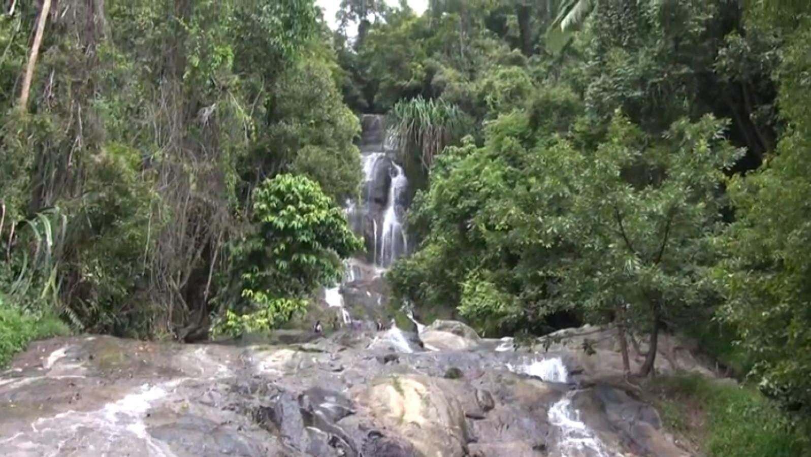 Le jeune homme de 33 ans est tombé dans la cascade de Na Mueang 2, au même endroit qu'un touriste espagnol, décédé en juillet.