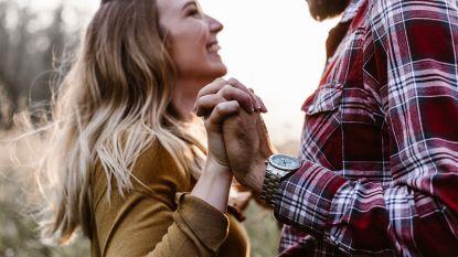 Onderzoek bevestigt: de kleren van je lief dragen is goed voor je