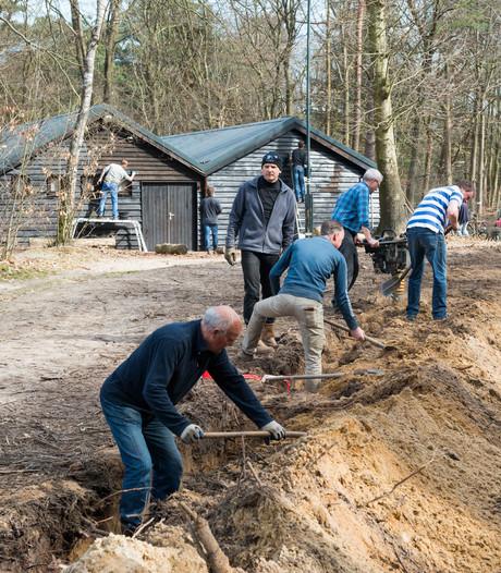 Klussende Lions helpen Harderwijkse scouts handje