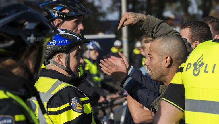 Protest in Enschede tegen de komst van een azc. Beeld anp