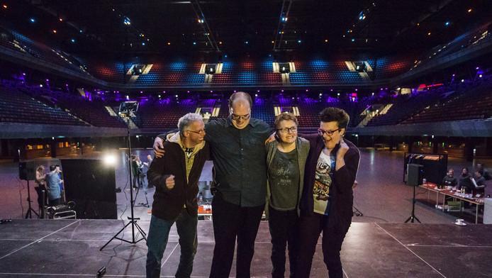 De muzikanten in de Ziggo Dome