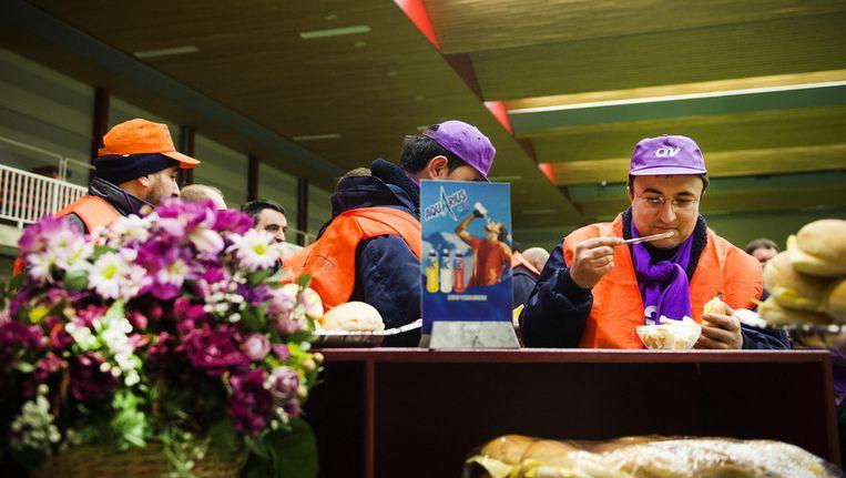 Medewerkers van bloemenveiling FloraHolland legden 24uur het werk neer Beeld anp