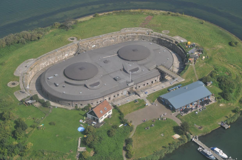 Het forteiland Pampus wil weer zelfvoorzienend en duurzaam worden.