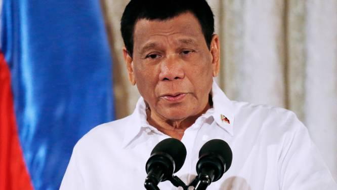 Filipijnse president Duterte dreigt ermee Canadees afval weer op hun stranden te dumpen