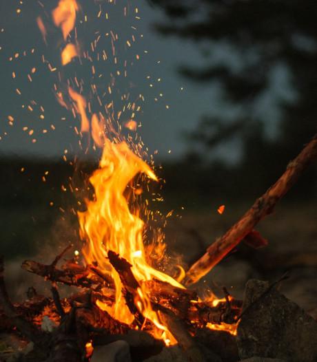 Protest tegen onbeperkt vuurtje stoken bij scouts Nistelrode