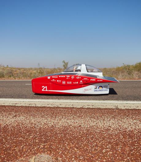 Solar Team Twente nog steeds aan kop na tweede racedag in Australië