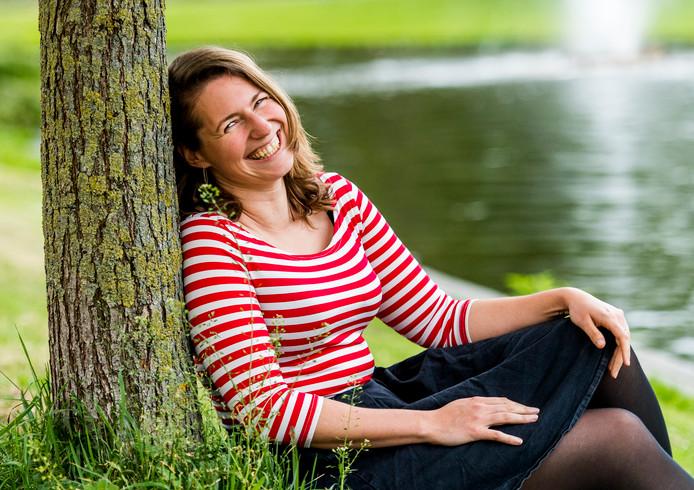 Emi Stikkelman is ooit verwekt met sperma van een anonieme donor, maar ging via Amerikaanse DNA-databases op zoek naar haar donorvader en ze vond hem ook.