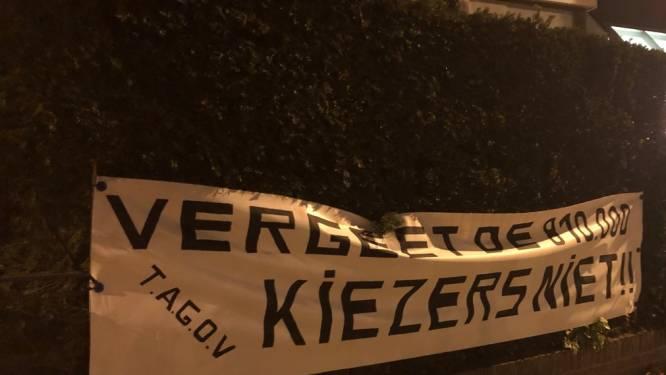Van Grieken niet te spreken over VB-spandoek aan huis De Wever