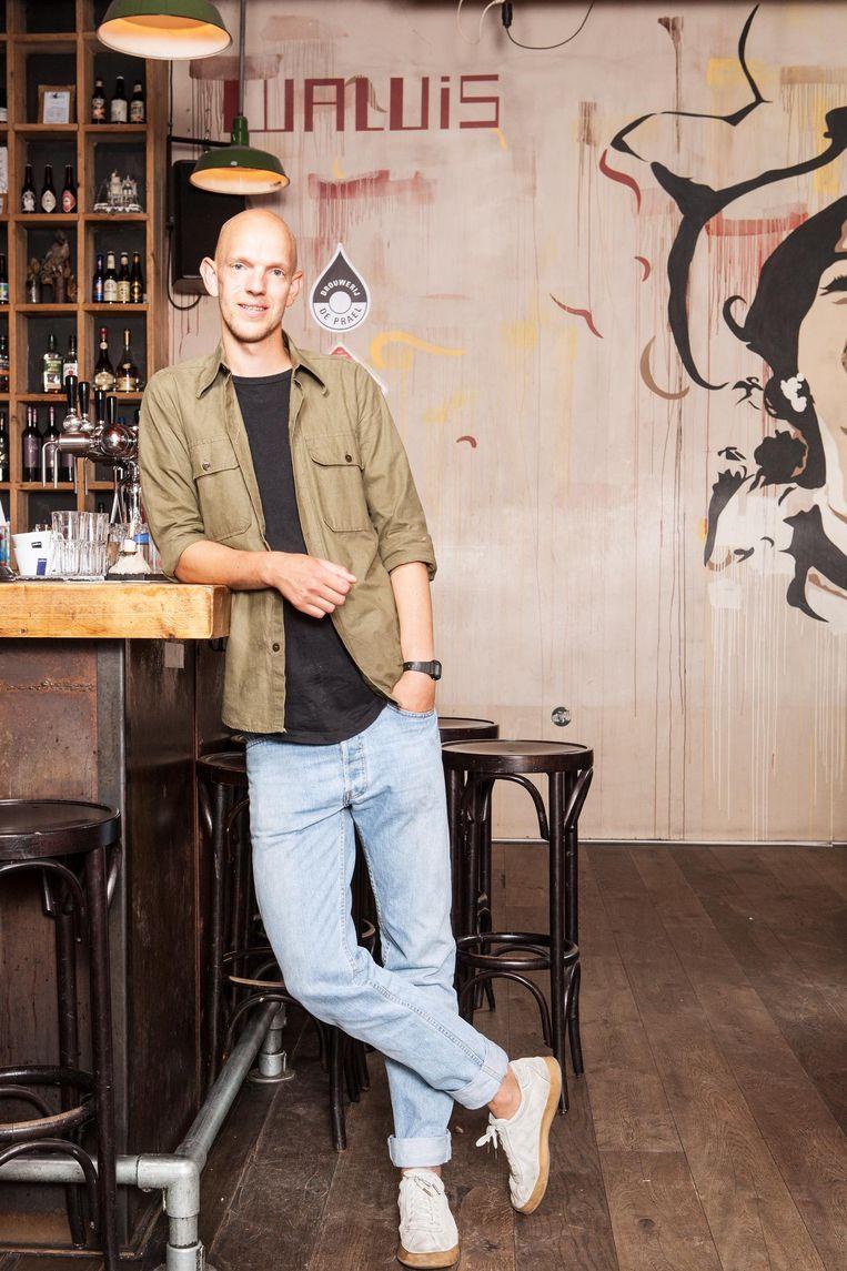 Dennis Kaandorp, bedrijfsleider van trendy eetcafé Walvis Beeld Niels Blekemolen