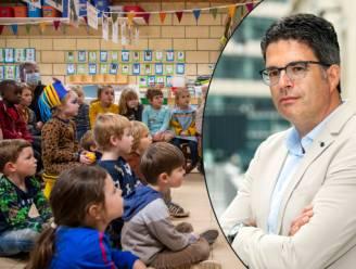 """Steven Van Gucht: """"Toename besmettingen meest uitgesproken bij kinderen onder 10 jaar"""""""