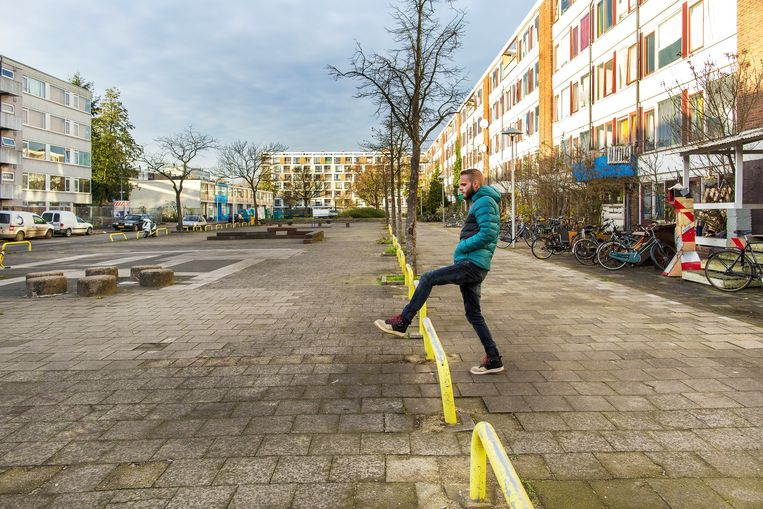 Sociale huurflats eerder van woningcorporaties Mitros en Portaal in Kanaleneiland, Utrecht.  Beeld Angeliek de Jonge