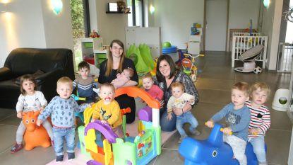 Dorien en Shana kiezen voor een huiselijke sfeer in kinderopvang De Keikopjes