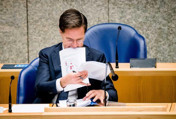 Premier Mark Rutte tijdens een Tweede Kamerdebat vandaag over de ontwikkelingen rondom het coronavirus.