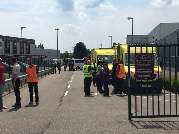 Ambulances en een MUG team kwamen ter plaatse om het personeel en de klanten te verzorgen