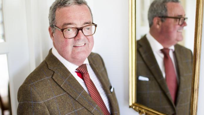 Burgemeester Coert van Ee kreeg een donornier. Hij is groot voorstander van het nieuwe donorplan dat deze week besproken wordt.