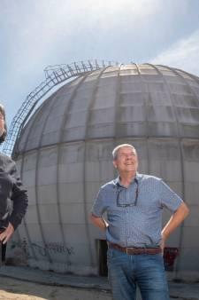 Blikvanger uit Koude Oorlog pal naast station Ede-Wageningen krijgt nieuw doel: 'Deze bol heeft toekomst, dat gaan wij bewijzen'