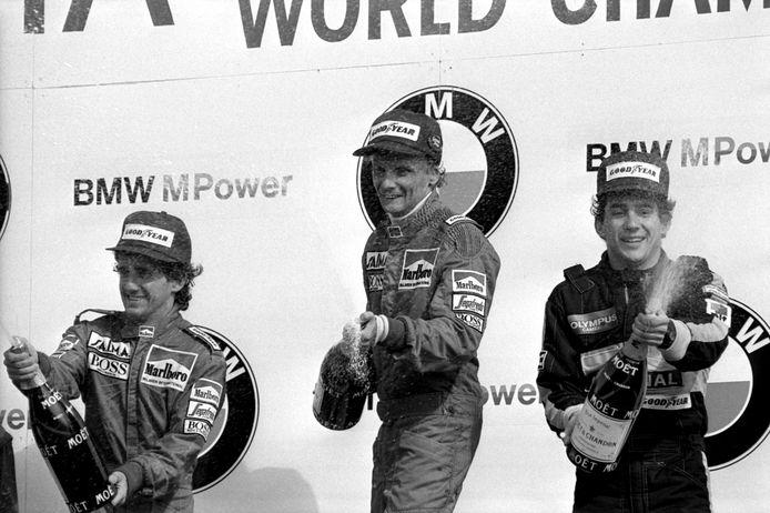Nikki Lauda wint de Grand Prix op Zandvoort in 1985. Alain Prost wordt tweede (links) en Ayrton Senna wordt derde.