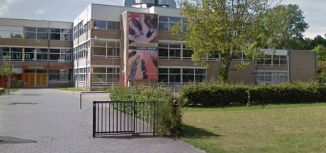 Docent Ulenhofcollege besmet met corona
