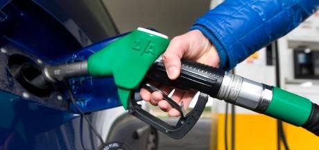Dure olie drijft benzineprijs dit najaar 'richting de 2 euro'