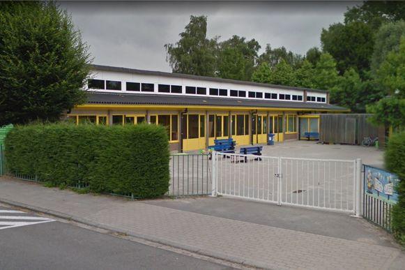 Het verdacht gedrag deed zich voor in de schoolomgeving van Het Laar. Er wordt nu extra toezicht gehouden.