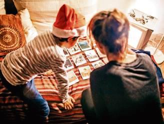 Speel verkleedpoker of hang je wensen in een boom: pleziertips voor de feestdagen