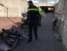 Scooterrijder gewond bij botsing in fietstunnel onder Nijmeegseplein