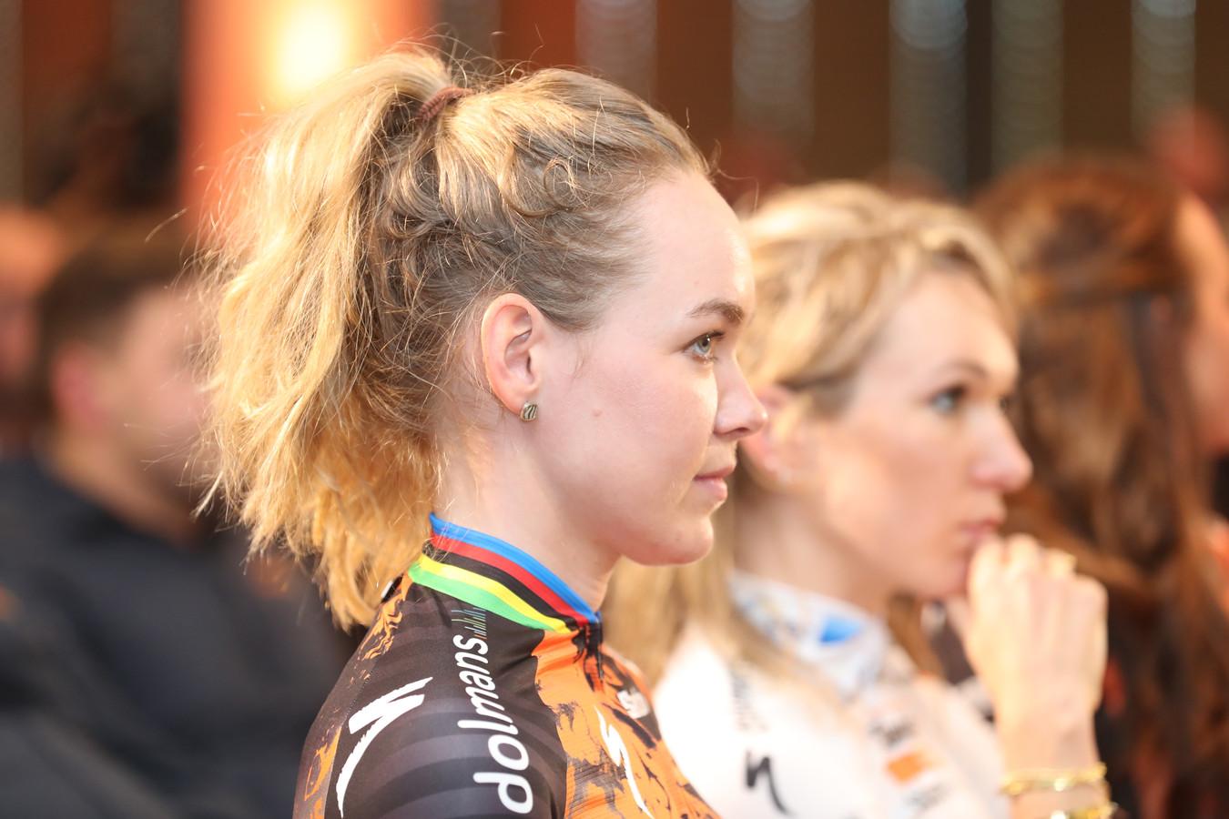 Anna van der Breggen mist door ziekte de Omloop Het Nieuwsblad.
