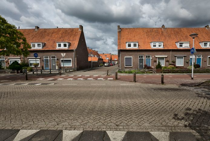 De Lucas Gasselstraat in de Leonardusbuurt in Helmond (archieffoto).