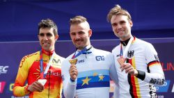 Gouden Victor! Campenaerts kroont zich na thriller opnieuw tot Europees kampioen tijdrijden