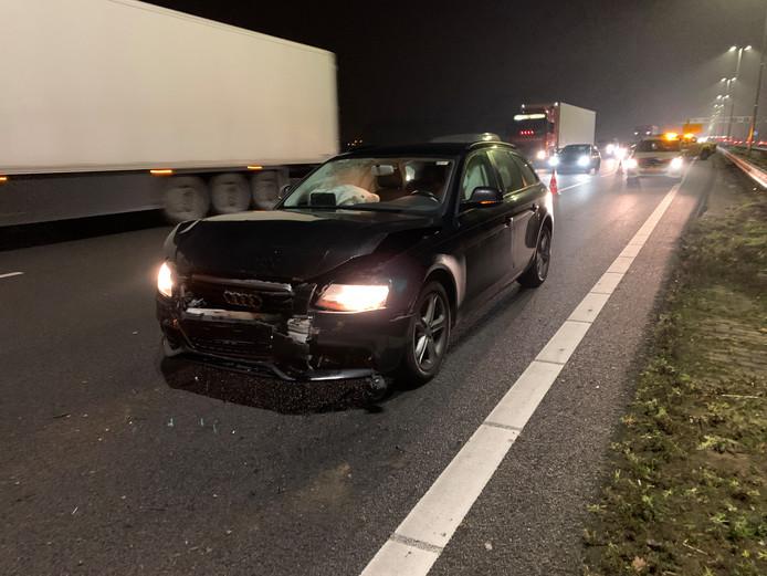 Een ongeluk met een Audi leidde tot een file op de A1 bij Wilp.