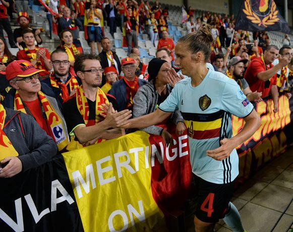 Maud Coutereels bedankt de ruim opgekomen Belgische supportersschare.