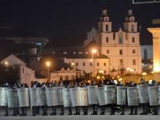 """L'UE réclame un décompte """"exact"""" des votes et condamne la répression au Bélarus"""