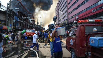 Gigantische brand verwoest minstens 250 huizen in Filipijnse sloppenwijk