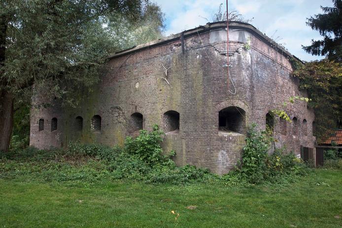 Fort Beneden-Lent aan de Oosterhoutsedijk.