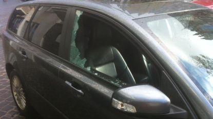 Vader vergeet elf maanden oude baby in snikhete auto