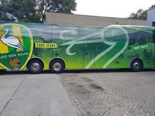 'Mooiste spelersbus van Nederland' verovert straatbeeld